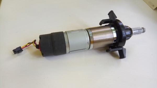 редуктор колес для робота-газонокосилки Robomow RS